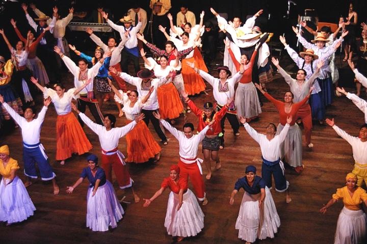 Domingo 27 - Centro De M U00fasica Y Danza De La Pucp